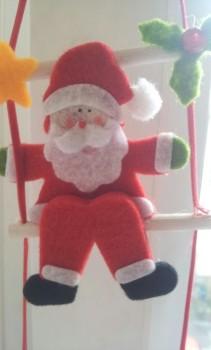 weihnachtsmann als weihnachtsschmuck