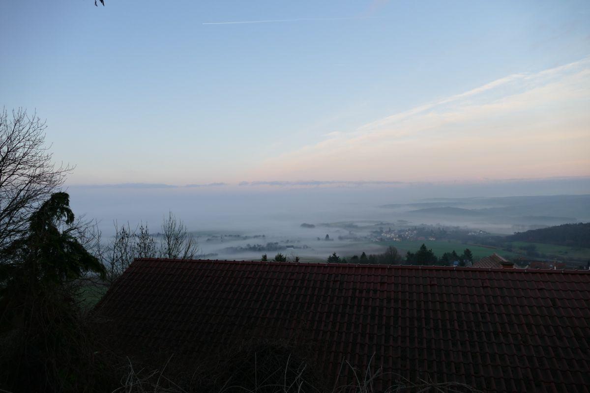 nebel an der veste otzberg im odenwald