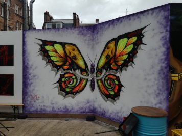 schmetterling streetart in london